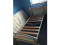 Single bed ( frames only no mattress )