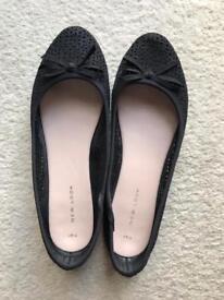 Size 7 black sparkly ballerina pump shoes
