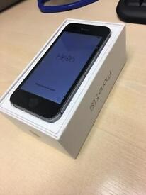 iPhone 5s 16GB Unlocked - with box & charger