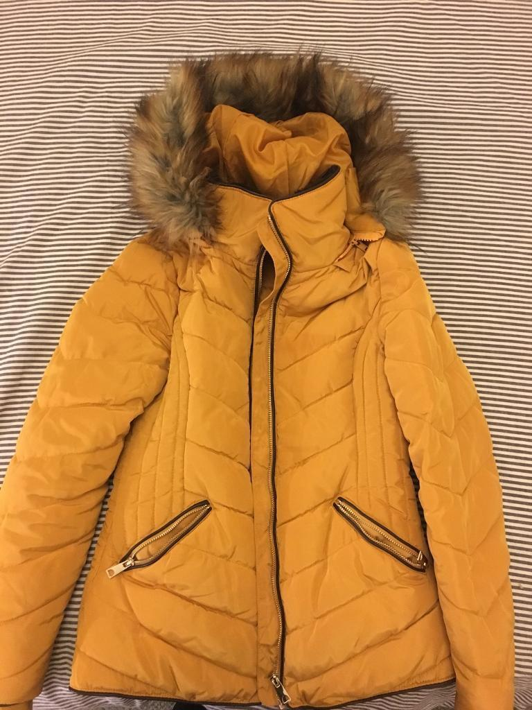 Bargain jacket. Size6. Bought for £39. Selling for £5