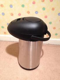Airpot 3.5l-brand new in box-stainless steel-genware-ubreakable-for hot/cold drinks-pump mechanism