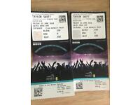 Taylor Swift vip tickets plus drinks package OPEN TO OFFERS