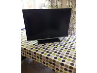 Sony Bravia kdl32s3000 with remote and stand