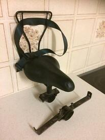 Child's cross bar bike seat