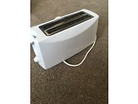 Argos Toaster, 4 slice, brand new, no box, white