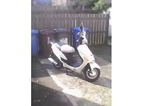 DIRECTBIKES SPORTS 50CC SCOOTER