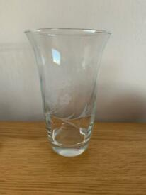 Glass vase 16cm
