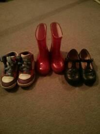 Infant girl's shoe bundle