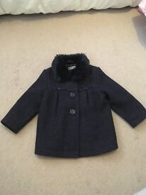 Navy coat with fur collar 6-9 month