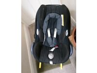Maxi cosi car seat with iso fix