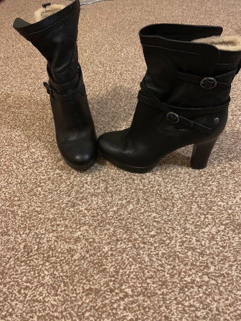 2e65ef49b31 Ladies Genuine UGG boots   in Reading, Berkshire   Gumtree