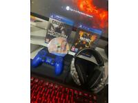 Play Station 4 Pro (PS4 PRO) + 3 Games + Headphones + Mic