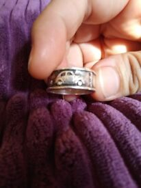Male or female sterling silver ring for sale - quite rare