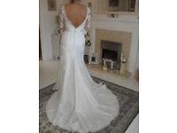 Beautiful Ronald Joyce size 8 - 10 Lace Wedding Dress, price is ono