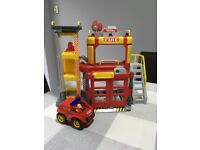 Fire station by Tonka