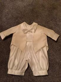 Christening outfit 0-3 months