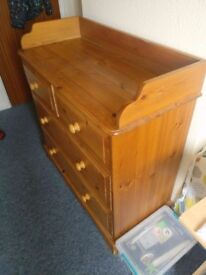Chest of Drawers for sale! Collection only!
