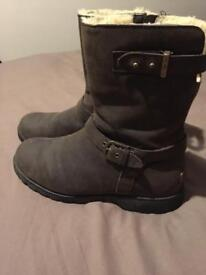 Genuine Ugg Grandle Leather Boots