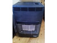 2x Portable gas heaters with 3x gas bottles & gas.