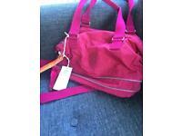 New with tags Ladies Kipling Sumida bag