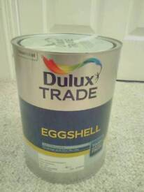 Dulux Trade paint White Chiffon 5L