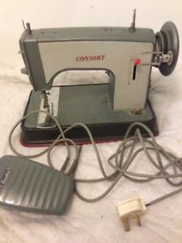 Free vintage Consort electric sewing machine Can also deliver.
