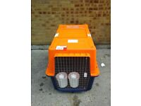 XXl Pet cargo cage carrier & feeding station RRP £175 US ONLY £60