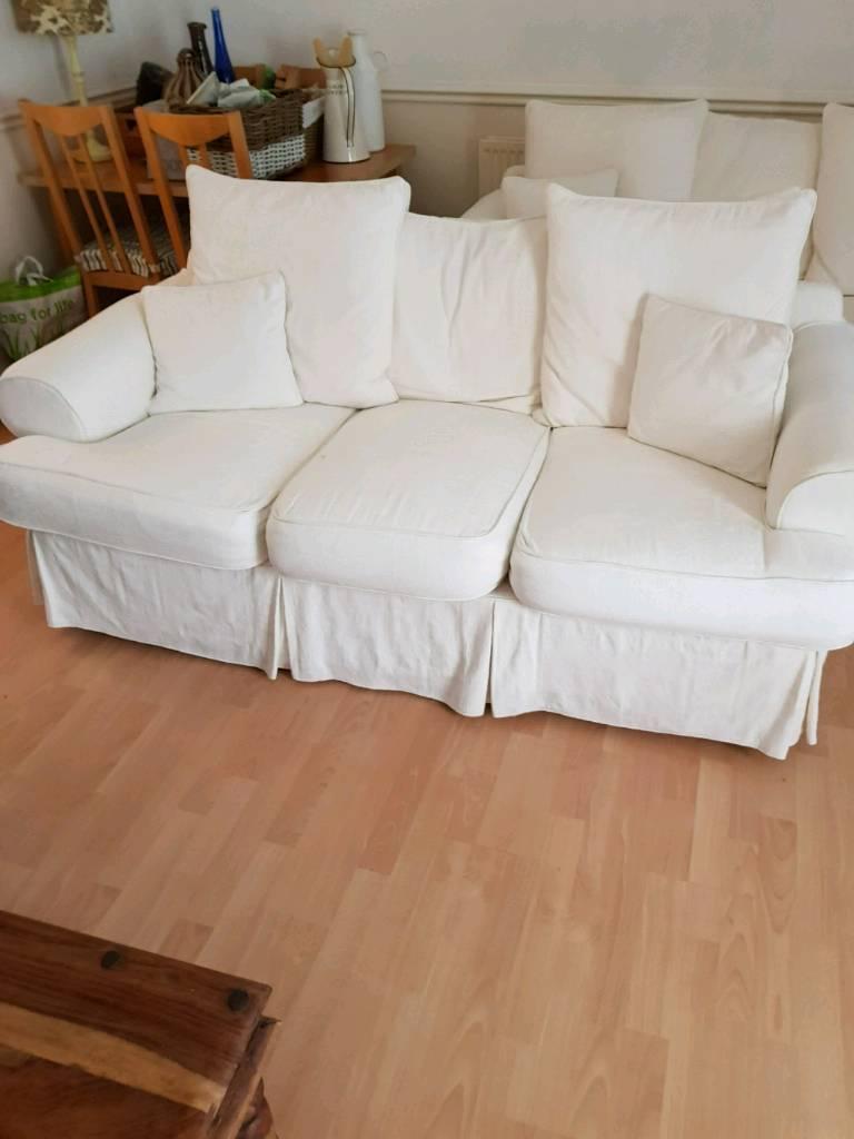 Cream fabric sofa suite