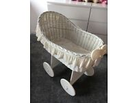 Large wicker crib in ivory