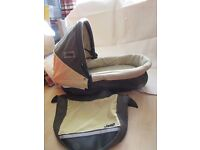 hauck infinity coffee and cream carrycot