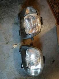 Renault Clio mk2 headlights