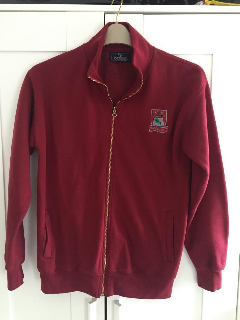Cefn season hoodie size XS