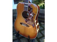 GIBSON HUMMINGBIRD ELECTRO-ACOUSTIC OWNED BY MARK HAYTON FROM BAND ONE NIGHT ONLY AMAZING TONE CASE.