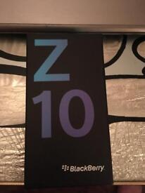 Blackberry Z10 white, boxed, locked to Vodafone no charger