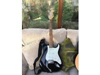 Fender Squier Stratocaster w/bag