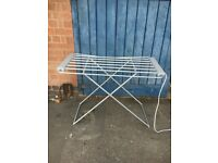 Electric Heated 8 Bar Foldable Folding Clothes Horse Airer Dryer.