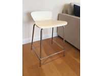 Four Low-Back Bar Stools | White | Very good condition
