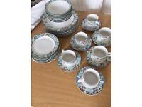 JARDIN GENUINE STONEWARE 30 Piece Place Setting Kitchen Plates Cups Saucers
