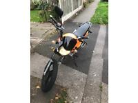 Zontes monster 125 12months mot