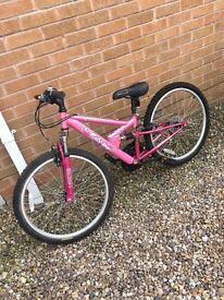 Apollo women's pink bike