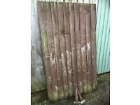 Used feather edge gate