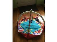 Redkite play baby gym / playmate