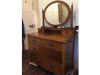 Chest of Drawers with Mirror