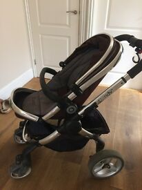 I Candy Peach pram, foot muff, carry cot, rain cover, cup holder