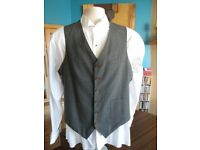 Mens grey checked waistcoat.size 42 chest
