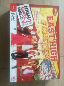 HIGH SCHOOL MUSICAL 3 - EAST HIGH FOREVER BOARD GAME