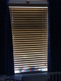 Venetian wooden style blinds good condition £10