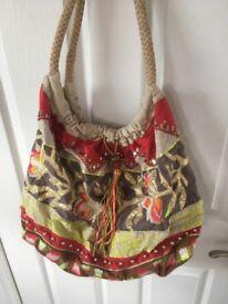 Accessorize bag (beach bag)