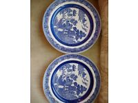 Wedgewood blue willow pattern dinner plates