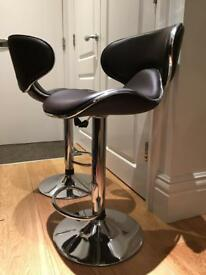 Swivel bar chairs